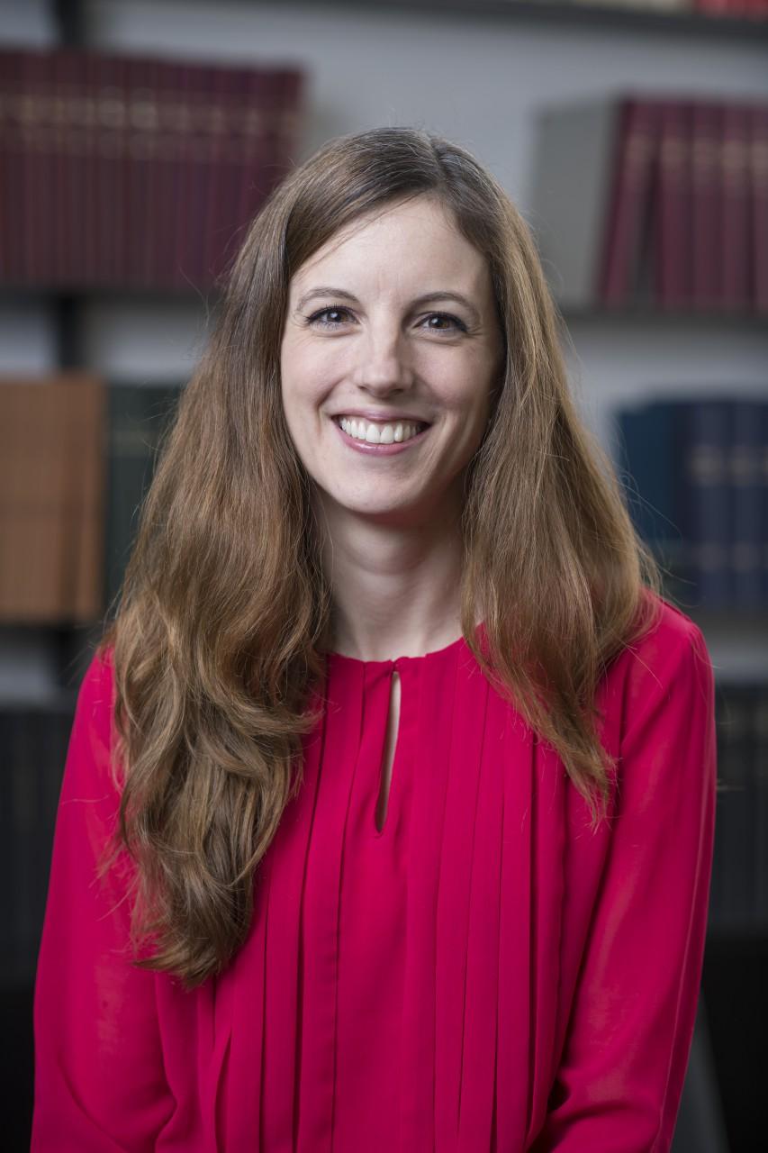 Dr. Cornelia Lantscherat